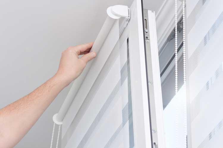 installing zebra roller blinds